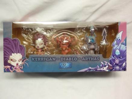 cute-but-deadly-kerrigan-diablo-arthas-figures